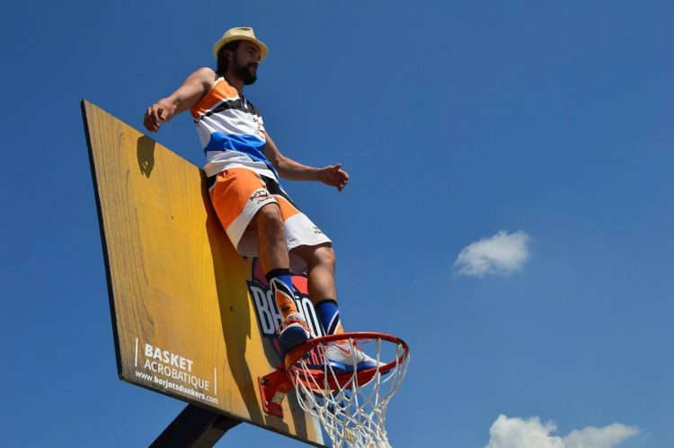 Barjots dunkers 2018 La troupe de basket acrobatique en France