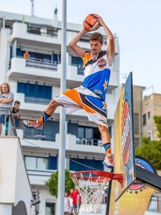 Baloncesto acrobatico Barjots dunkers