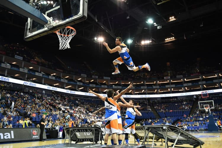 photo basket acrobatique