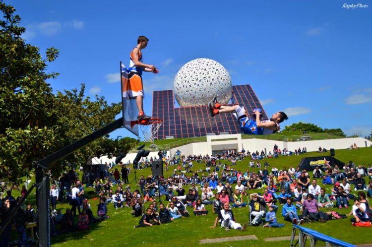basket acrobatique futuroscope