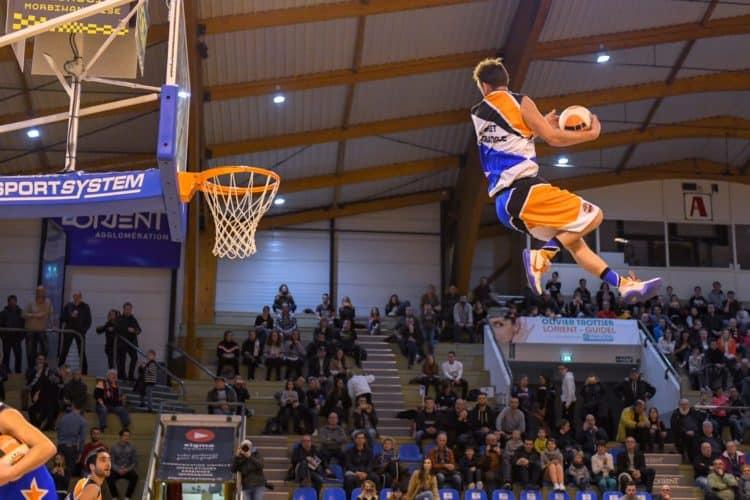 Barjots dunkers roi du basket acrobatique
