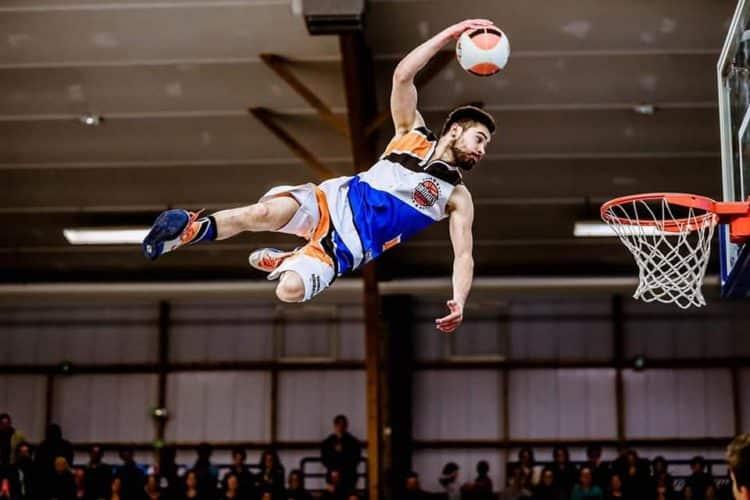 Chartres NM1 PROB Basket acrobatique et Barjots dunkers