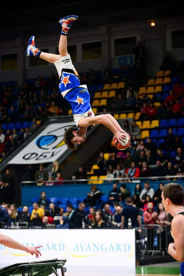 Barjots dunkers All star game Ukraine in KIEV Acrobatic basketball